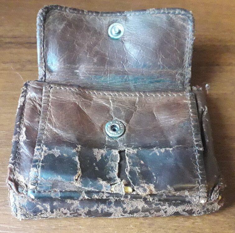 wallet5.jpg